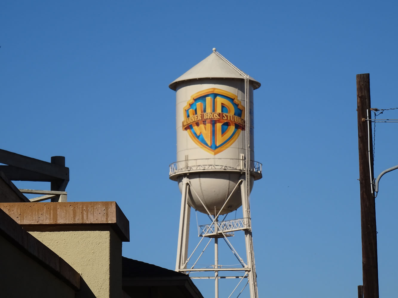 Warner Bros, Water Tank Wallpaper Mural